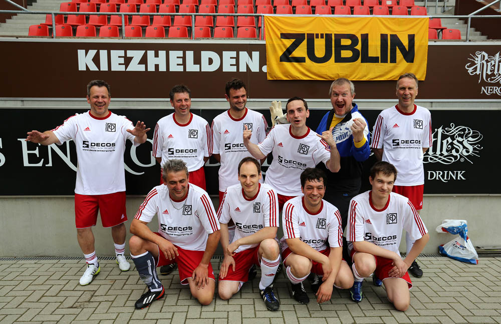 support f r kiez cup 2 0 in hamburg als sponsorf r das team p hner aus bayreuth. Black Bedroom Furniture Sets. Home Design Ideas